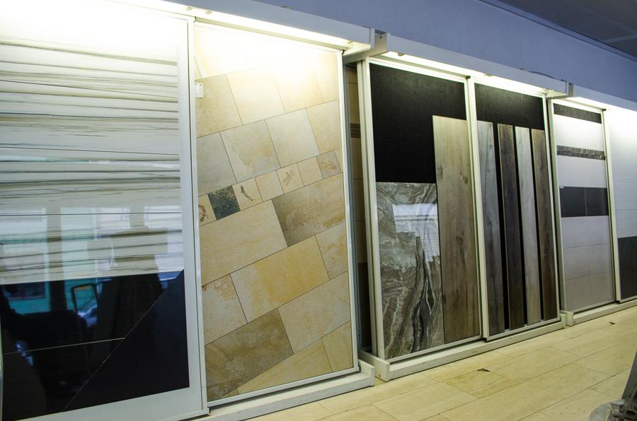 firma hochschwarzer fliesen verlegung b dersanierung planung und vieles mehr schauraum 2. Black Bedroom Furniture Sets. Home Design Ideas